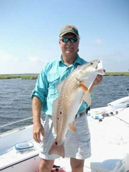 Cast-It Charters - Fishing charter business in the Lafitte,Grand Island,Baratara Bay, Etc.  Targeting speckle trout, red drum , black drum, and most salt water (inside) fish.