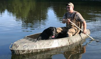 Bandit Outdoor Products - Manufacturer of one man boat or two man Aluminum Pirogues and Duck Boats