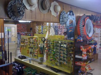 Bayside Tackle and Troll Motor Repair - Bayside Tackle has a large supply of tackle to meet all your freshwater needs. Custom tackle and all the popular brands.