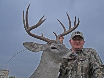 Double JJ  Ranch - Specializing in Trophy Whitetail & Spring Turkey Hunts