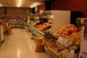 Frank's Supermarket - Fast Friendly Service...Just Around the Corner! Frank's offers you the best choice in quality groceries at competitive prices.
