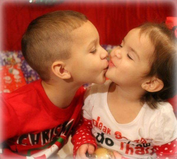 Merry KISSmas!! -TiffanyLand